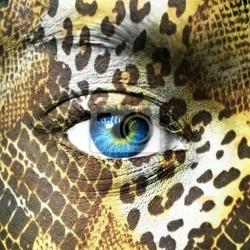 Obraz ludzka twarz z wzorami zwierząt