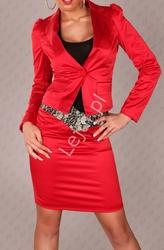 Czerwony żakiet damski z bufkami na ramionach