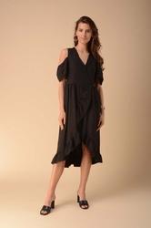 Kopertowa sukienka z wycięciem na ramionach - czarna