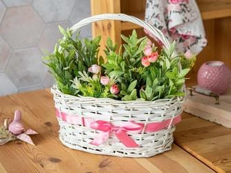 Koszyczek wiklinowy ozdobny na wiosenne kwiaty biały z różową wstążką altom design 32 cm