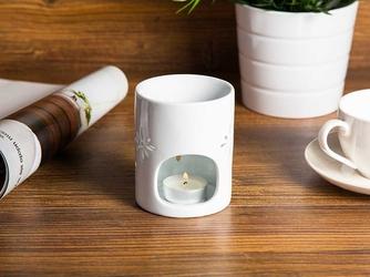 Kominek zapachowy  na olejki porcelanowy na święta bożego narodzenia altom design biały połysk 8 x 10 cm