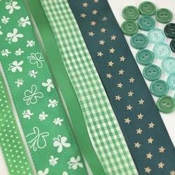 Zestaw wstążek i guzików - zielony ciemny