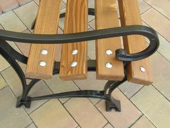 Krzesło ogrodowe retro