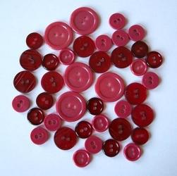 Kolorowe guziki 3 wielkości40 szt. - malinowy - MAL