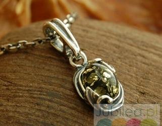 Nazza - srebrny wisiorek z bursztynem