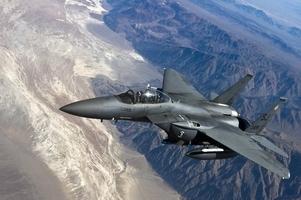 Fototapeta na ścianę samolot wojskowy w przestworzach fp 2327