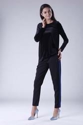 Czarna wizytowa asymetryczna bluzka z weluru