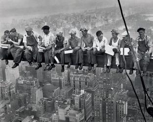 New york lunch on a skyscraper - plakat