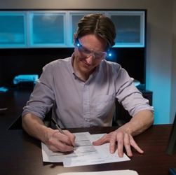 Magnibrite okulary powiększające ze światłami led - 1 sztuka