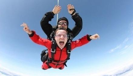 Skok ze spadochronem z wideorejestracją dla dwojga - wrocław