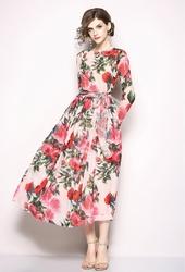 Szyfonowa sukienka w czerwone róże 258
