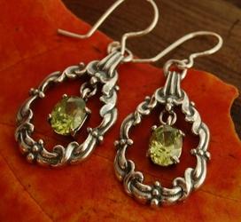 FILIPPA - srebrne kolczyki kolczyki z oliwinem