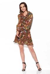 Zwiewna wzorzysta sukienka z żabotem - druk 13