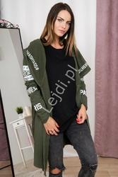 Narzutka damska z kapturem i napisami hashtags w kolorze khaki