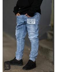 Niebieskie spodnie z grafiką