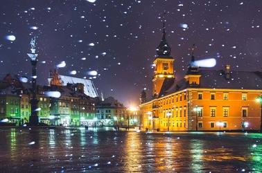 Warszawa plac zamkowy w śniegu - plakat premium wymiar do wyboru: 42x29,7 cm