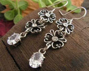 Fendi - srebrne kolczyki z kryształem swarovskiego