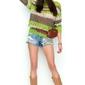 Trójkolorowy sweter w paski