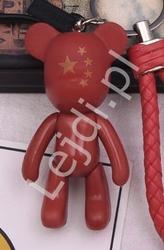 Czerwony breloczek miś ze złotymi gwiazkami na główce| zawieszka do torebki, kluczy