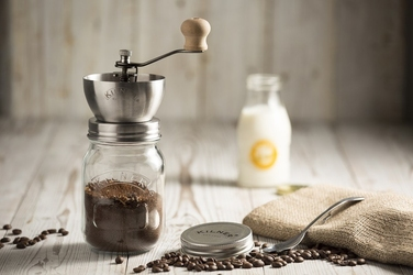Kilner młynek ręczny do kawy
