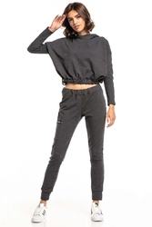 Dresowe spodnie z dekoracyjną taśmą - ciemnoszare