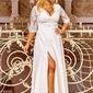 Ślubna suknia plus size w kolorze ecru z koronkową górą zdobioną cekinami - crystal 34