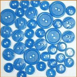 Kolorowe guziki 3 wielkości40 szt. - niebieski - NIE