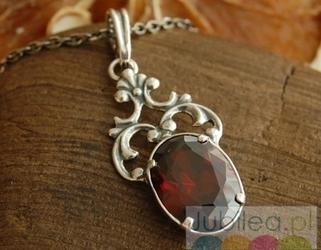 SAVINI - srebrny wisiorek z granatem