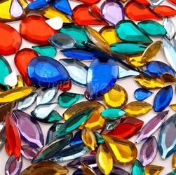 Szkiełka dekoracyjne - łezki 370 sztuk - ŁEZ