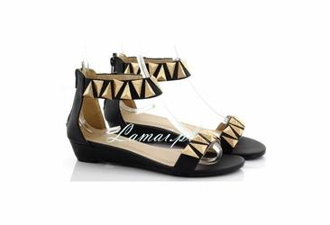 Czarne Sandały damskie wzory etno, buty na lato złote trójkąty