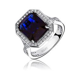 Srebrny modny pierścionek pr.925 Cyrkonia szafirowa