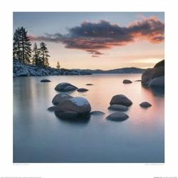 Wielkie kamienie w jeziorze - reprodukcja