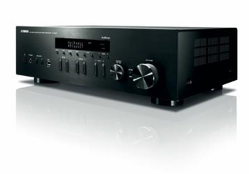 Yamaha R-N402D Kolor: Czarny