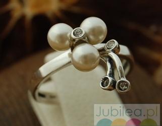 LEGACY - srebrny pierścionek perły i kryształy