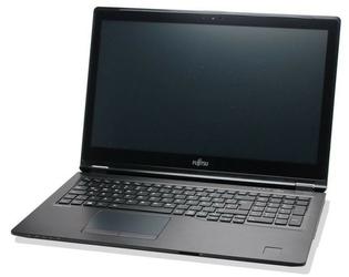 Fujitsu Laptop Lifebook U757 15,6  i7-7500U  8GB  SSD 256GB  Win10  VFY:U7570M47SBPL
