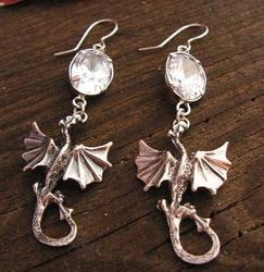 DRAGON - srebrne kolczyki smok z kryształem