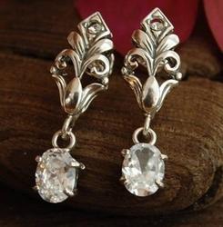 DARCY - kolczyki z kryształem Swarovskiego