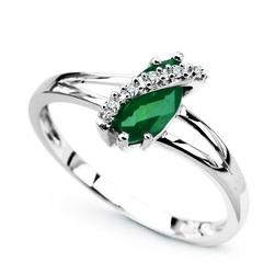 pierścionek białe złoto szmaragd diamenty