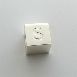 Litera S - kostka
