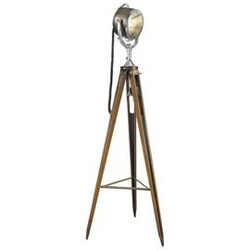 Authentic models :: lampa half mile ray searchlight