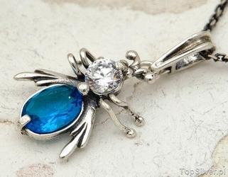 Owadowo - srebrny wisiorek mucha z akwamarynem