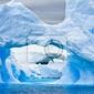 Fototapeta antarctic iceberg