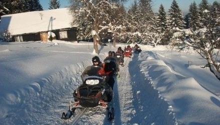 Wyprawa na skuterze śnieżnym z przewodnikiem - 2 osoby - istebna 2 godziny