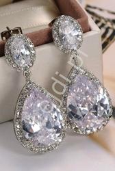 Kolczyki z kryształkmi, biżuteria wieczorowa