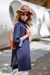 Granatowa nowoczesna miejska bluza z podszewką w kratkę