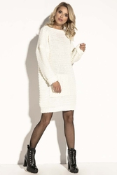 Ecru swetrowa  oversizowa sukienka z kieszenią kangurką