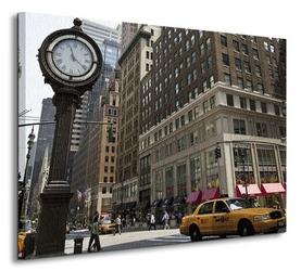 Zegar na avenue, new york - obraz na płótnie