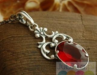 Ravena - srebrny wisiorek z rubinem