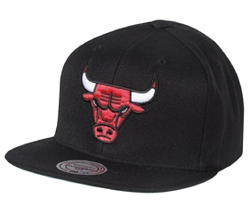 Czapka Mitchell  Ness NBA Chicago Bulls Wool Solid Snapback