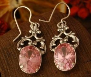 Campo - srebrne kolczyki z różowym kryształem